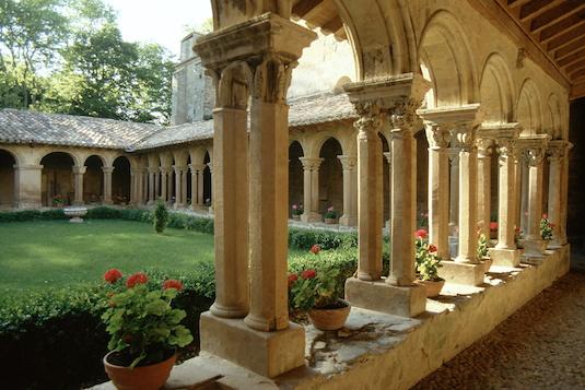 Die bekannteste Abtei der Region: Abbaye de Fontfroide - Languedoc