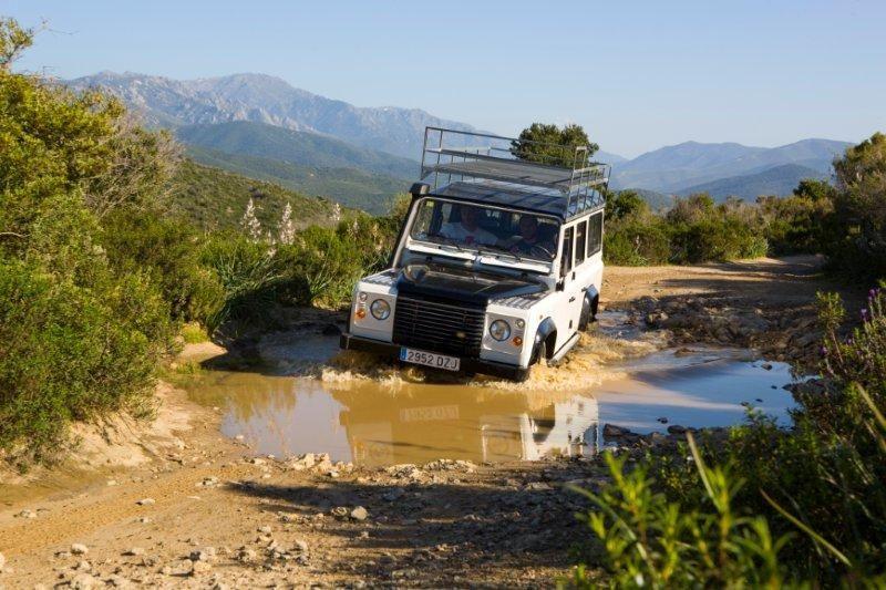 0-Natura-corsa-jeep-4x4-tochten-naar-verborgen-stranden-in-het-desert-des-agriates-6