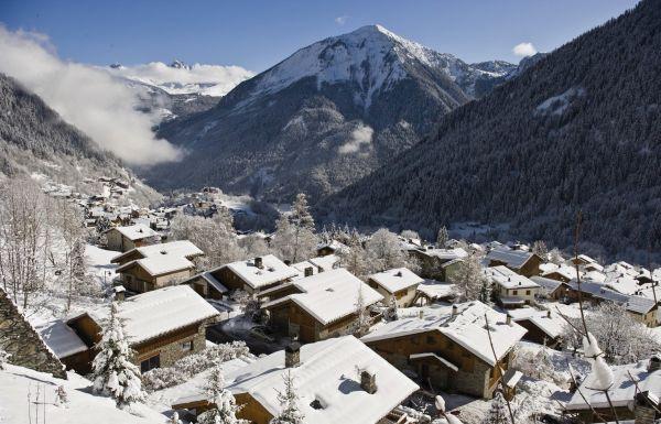 kleine Dörfer in der Nähe von großen Skigebieten Champagny
