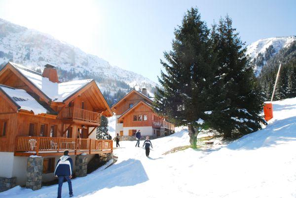 kleine Dörfer nahe großer Skigebiete: Oz-en-Oisans