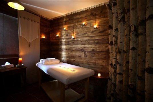 hotel in de bergen Cantal Auvergne