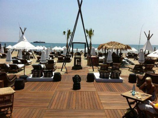 Jungle Beach-Restaurants am Meer Strand Zelte