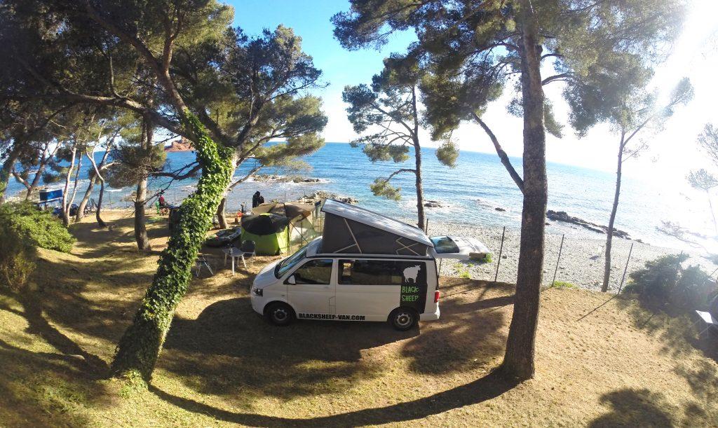Road trip met kampeerbusjes langs de kust van Aquitaine