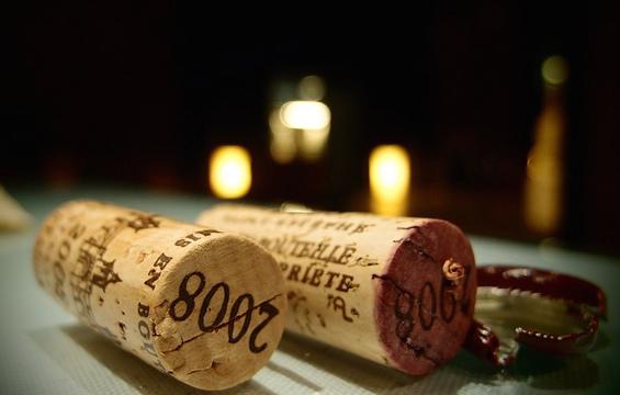 Den Weinkenner vortäuschen
