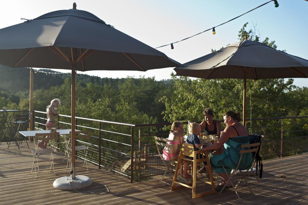 Huttopia Campingplatz mit dem Fokus auf 100% Natur