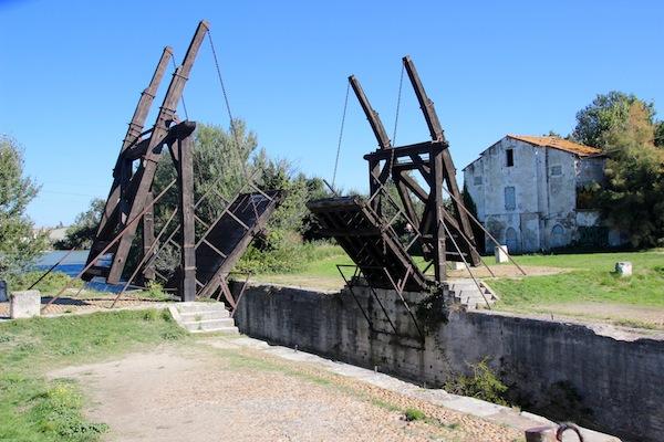 die Brücke Van Goghs in Arles, Frankreich