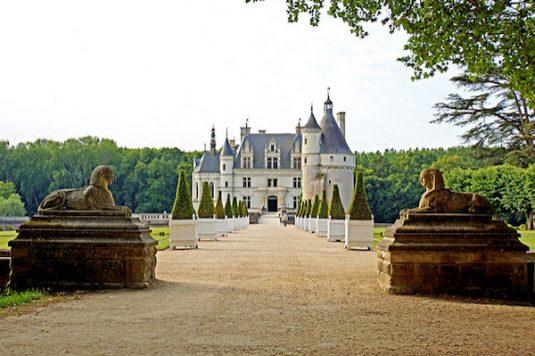 chateau-de-chenonceau-france-cc-dennis-jarvis