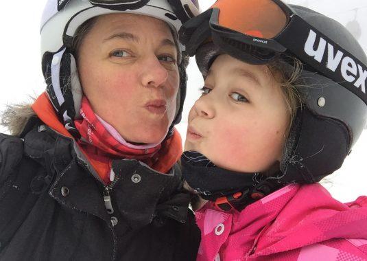Familien Ski Urlaub Frankreich Carole und Anouk