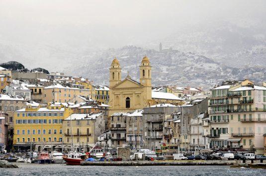 Sogar auf Korsika kann es im Winter schneien