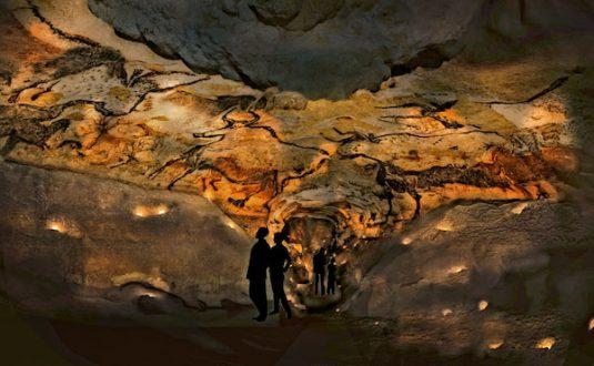 Höhle von Lascaux Prähistorie im Périgord