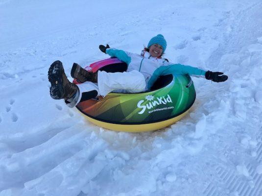 Snowtubing in dem Jura