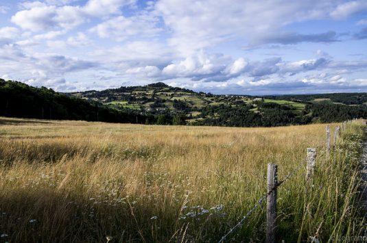 Landschaft der Lozère: ein prächtiges, unberührtes und dünnbevölkertes Gebiet