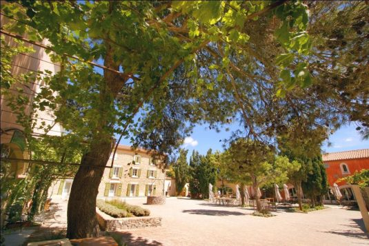 chateau-hospitalet-weinhotel-Languedoc Roussillon