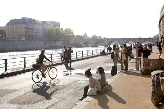 Paris Park Rives de Seine - Ufer der Seine