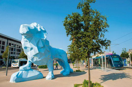 Place Stalingrad mit Le Lion Bleu