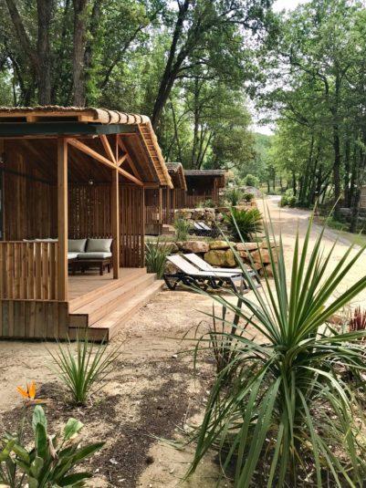 Holzhäuschen in Le Gard auf dem Campingplatz La Vallée Verte