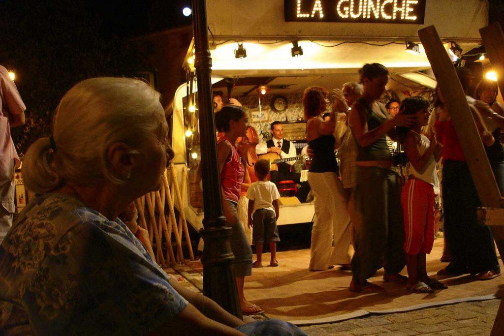 Zigeunerfest im Wohnwagen in Frankreich mit La Guinche