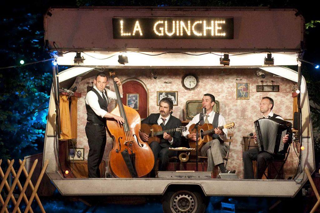 Zigeunerfest im Wohnwagen in Frankerich