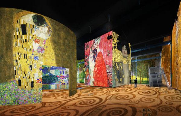 Atelier des Lumières Klimt Nuit de Chine