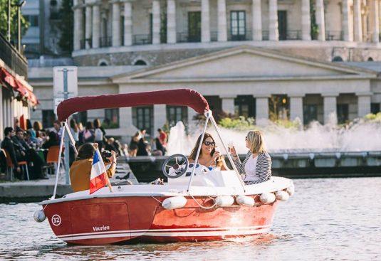 elektrische Boote mieten in Paris