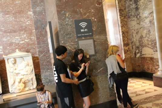 Louvre mit kindern paris wifi cc Nicky 1024x683