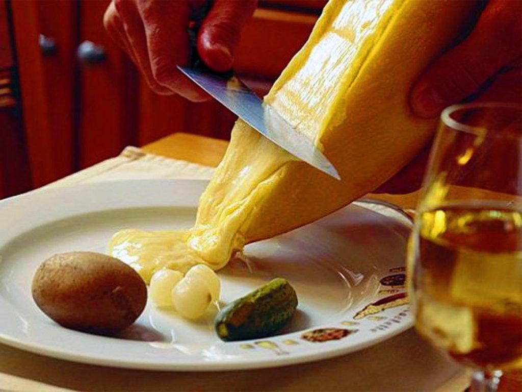 Fondue Oder Raclette Was Ist Die Größere Kalorienbombe