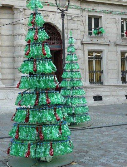 weihnachtsbaum aus Plastikflaschen