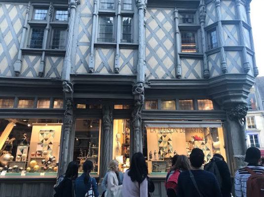 Angers Einkaufsstrasse im Zentrum
