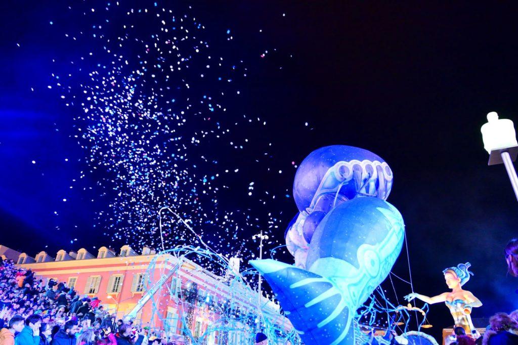 Nacht Korso Karneval in Nizza