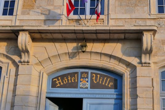 Bürgermeister - Rathaus in Frankreich
