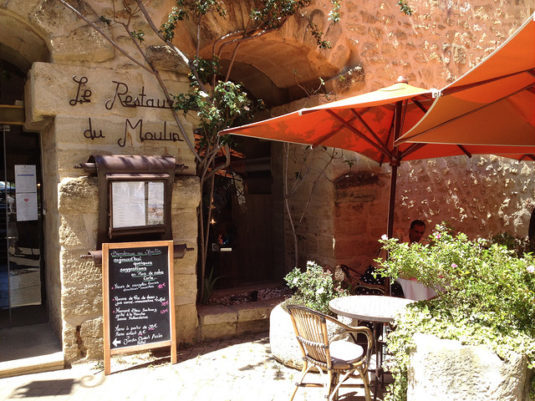 Restaurant in Lourmarin