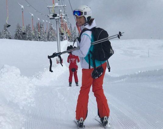 Carole im Skilift Plateau Beauregard