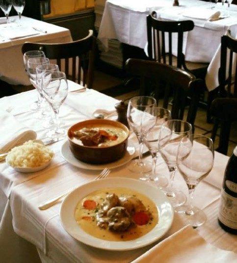Restaurant chez René in Paris