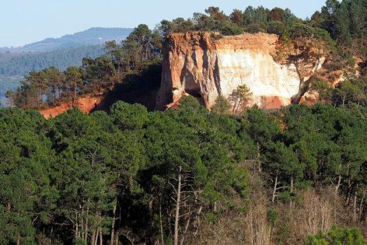 Die berühmten Ockergruben bei Roussillon