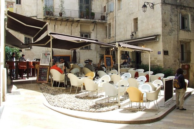 Kaffeeterrasse in Studentenstadt Montpellier