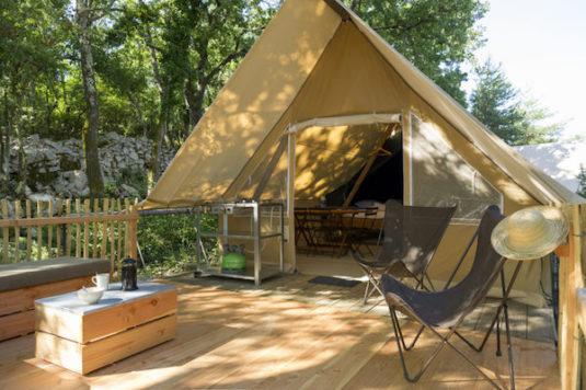 Toile&Bois-Zelte mit extragroßer Terrasse