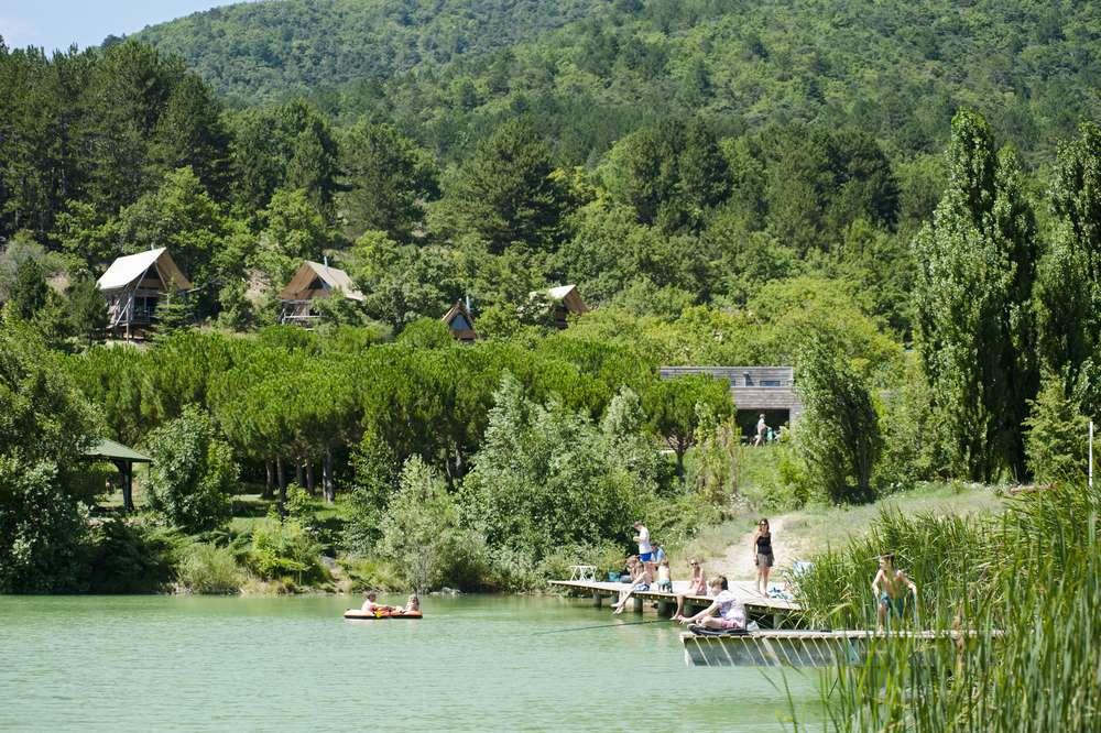 Aussicht auf dem See Camping Dieulefit