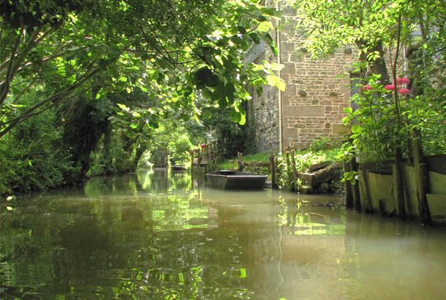 Marais Poitevin,Venise Verte, eine geschützte Sumpflandschaft