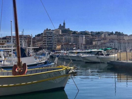 Der alte Hafen Le Vieux Port in Marseille