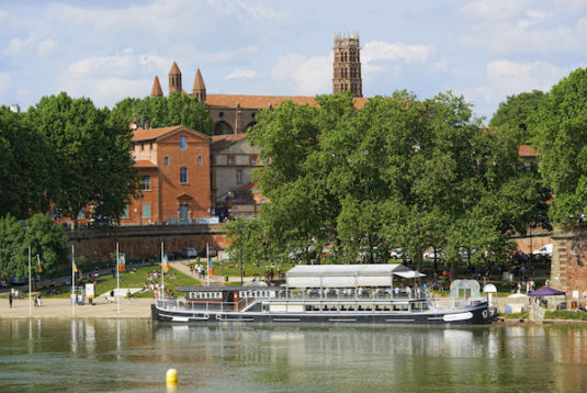 Place Daurade, Ufer der Garonne in Toulouse