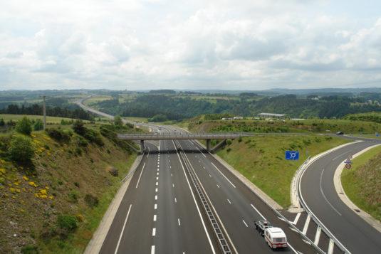 Raststätten entlang der Autobahn in Frankreich