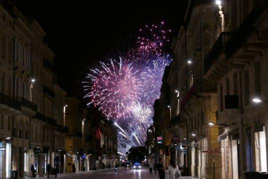 Feuerwerk beim Bordeaux Fete le vin