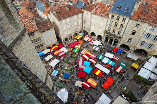Villefranche-de-Rouergue (Aveyron) : der Markt am Donnerstag