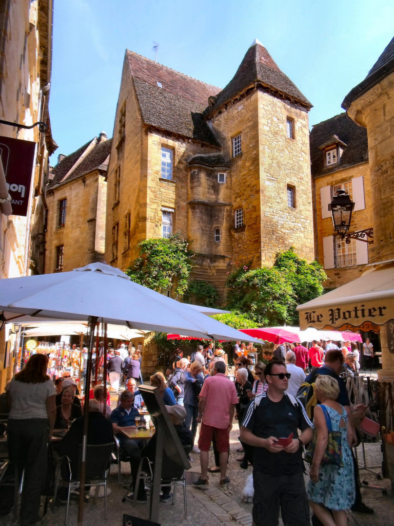Markt Sarlat Dordogne