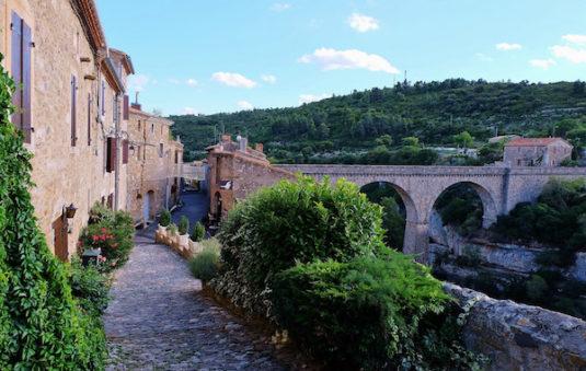 Minerve, mittelalterliches Dorf in der Nähe von Narbonne