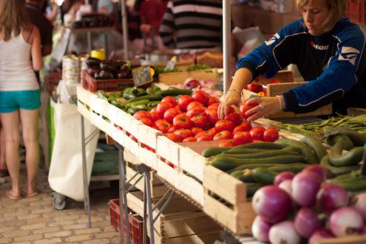 Der Sonntagsmarkt von Saint-Antonin
