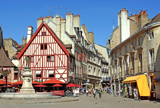 Dijon Zwischenstop entlang der Autobahn Rue des forges