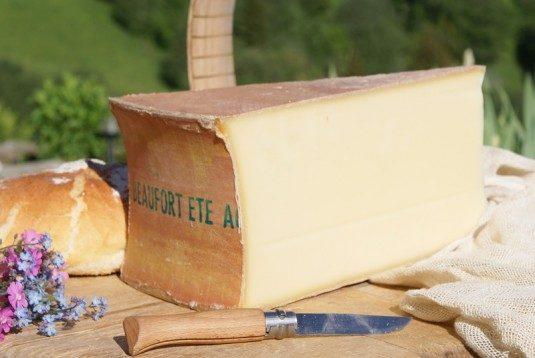 Beaufort d'éte französisch-Käse Alpes