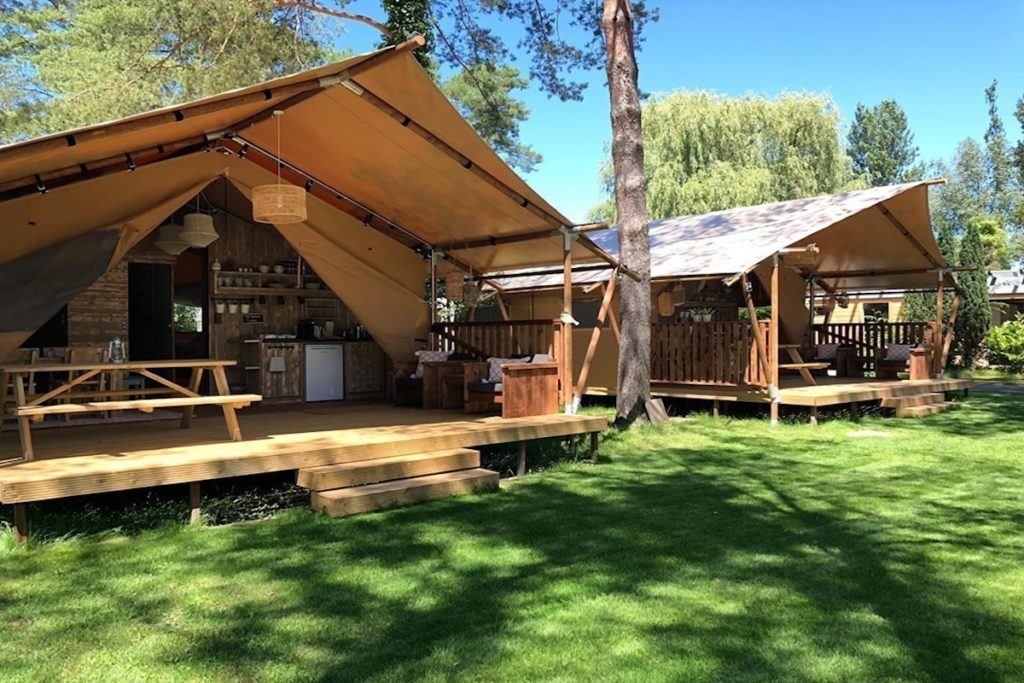 Valley View Lodges beam Camping Vallee Verte in Sud Frankreich