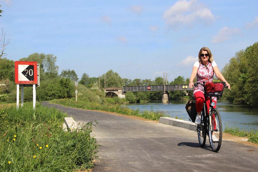 Radfahren entlang der Meuse- franzosichen Ardennen